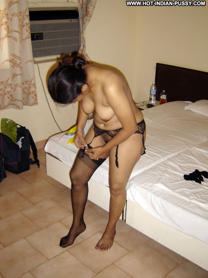 amateur wife and girlfriend