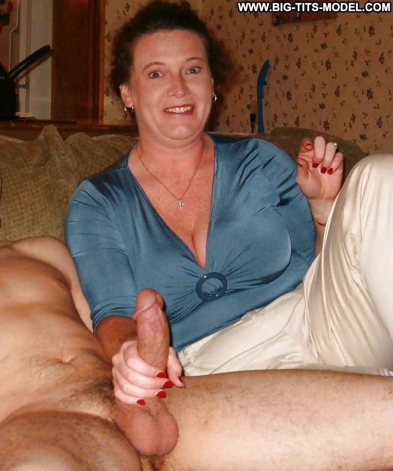 granny-hand-jobs-guys-funny-pictures-for-naked-woman