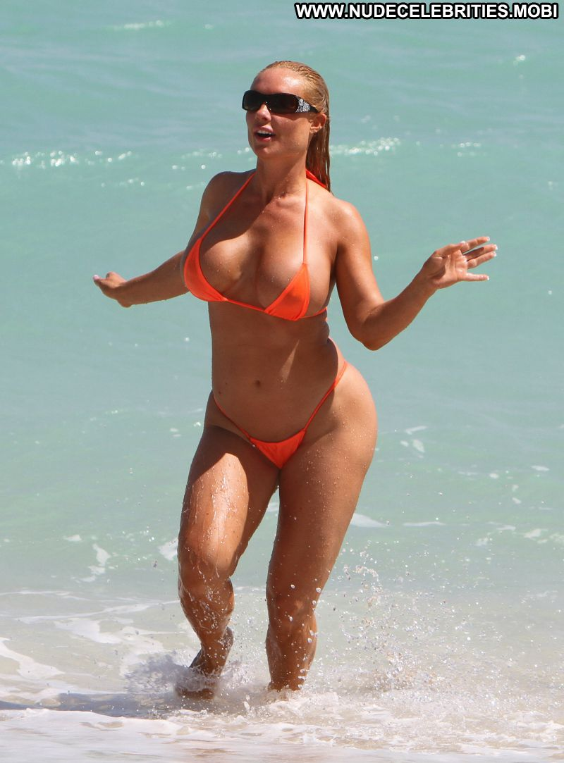 Coco Austin Celebrity Sexy Big Tits Bikini Huge Ass