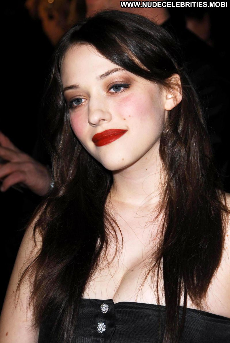 Kat Dennings Celebrity Sexy Big Tits Brunette Showing Cleavage Babe Doll