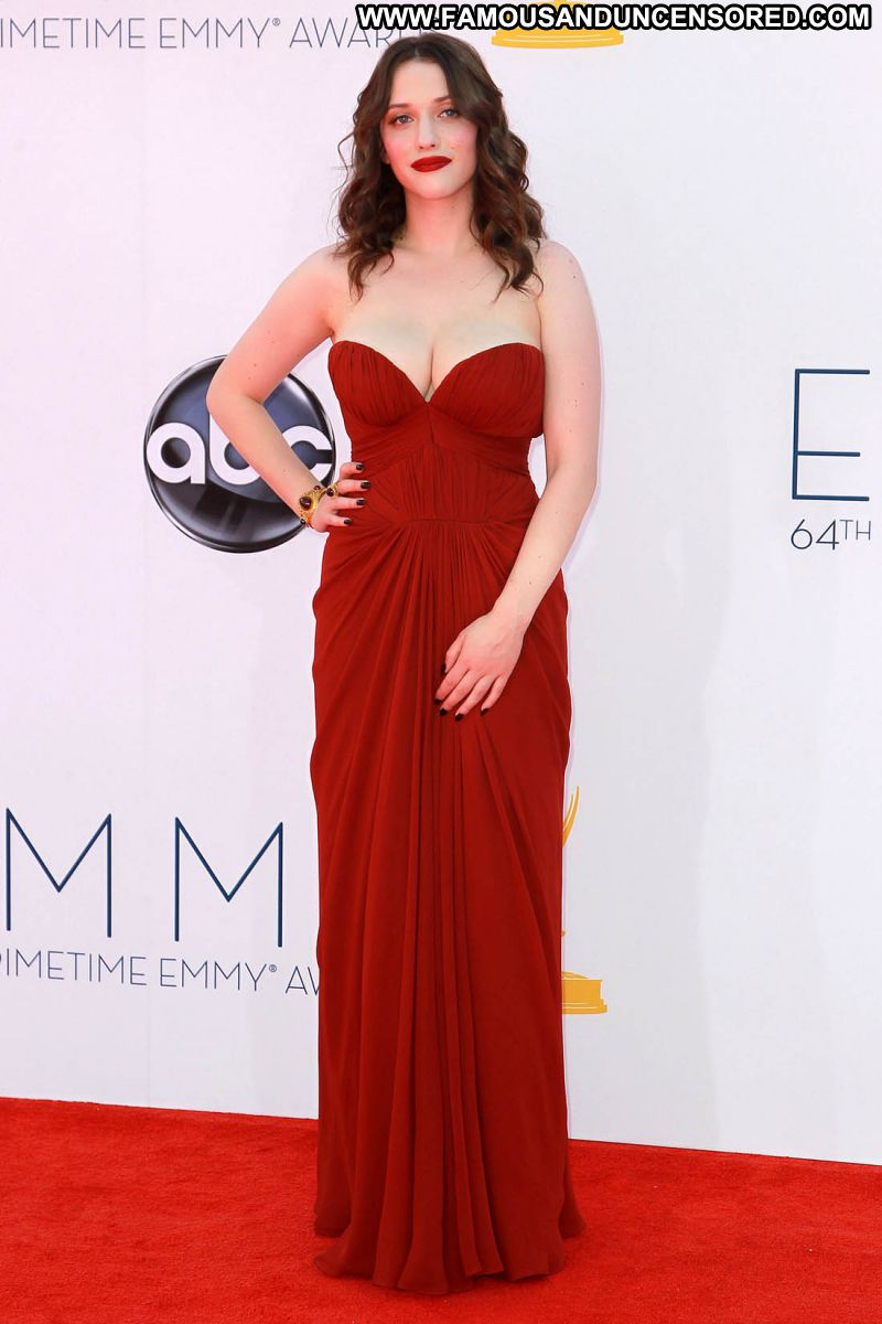 Kat Dennings Celebrity Sexy Big Tits Brunette Showing Cleavage Sexy Dress