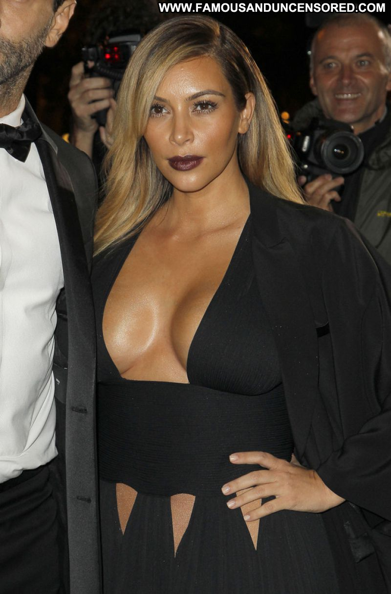 Kim Kardashian Celebrity Sexy Babe Big Tits Sexy Dress Bombshell