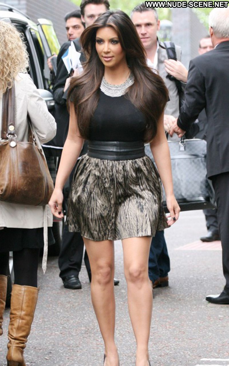Kim Kardashian Celebrity Sexy Babe Big Tits Sexy Dress Cute Bombshell