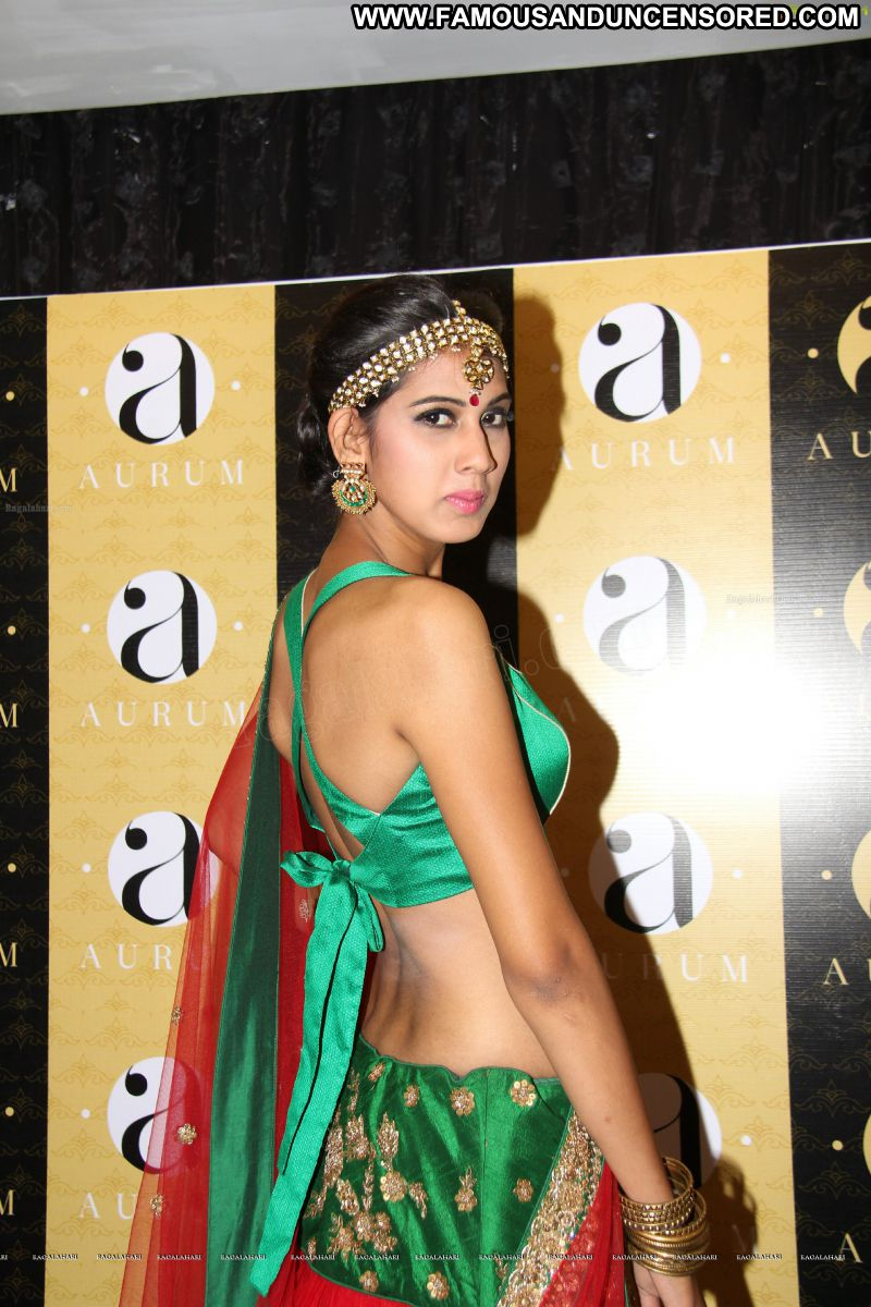 Hot images of actress with actors