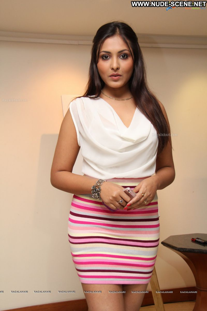 Madhu Shalini Celebrity Sexy Indian Babe Posing Hot Skirt Showing Legs