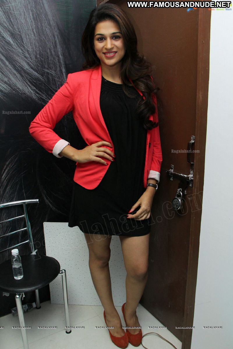 Shraddha Das Celebrity Sexy Indian Babe Posing Hot Skirt Showing Legs