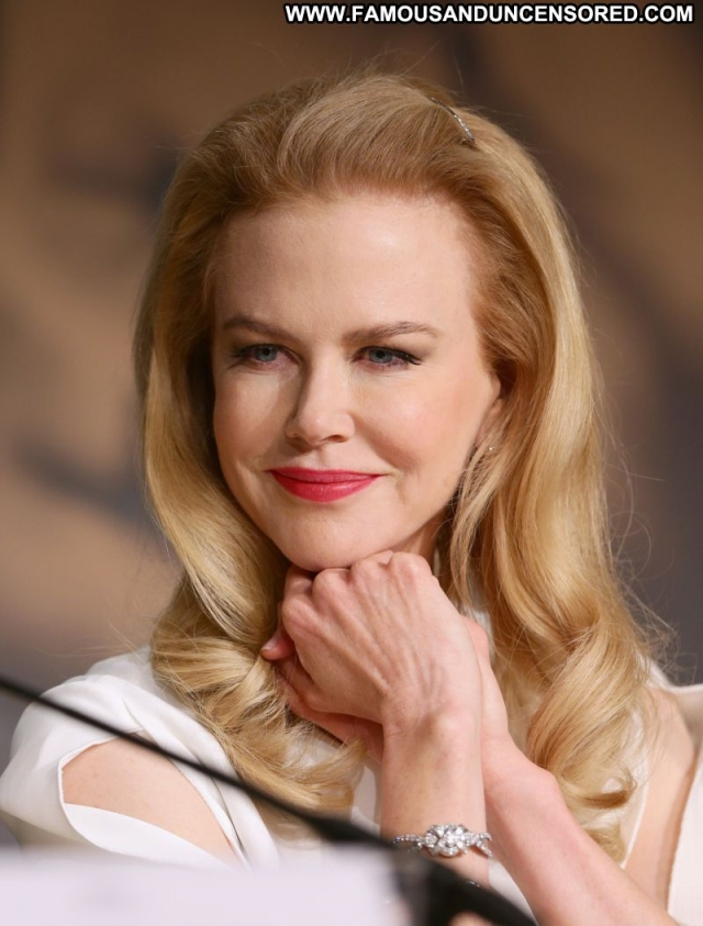 Nicole Kidman Actress Blonde Sexy Dress Cute Celebrity Sexy