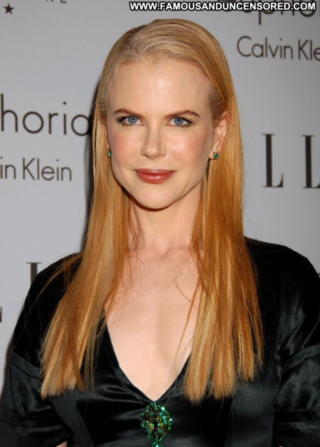 Nicole Kidman Sexy Dress Sexy Blonde Showing Legs Celebrity Actress