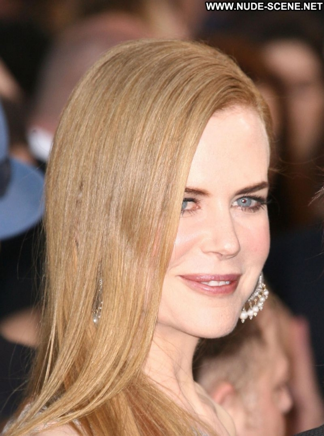 Nicole Kidman Sexy Blue Eyes Celebrity Blonde Sexy Dress
