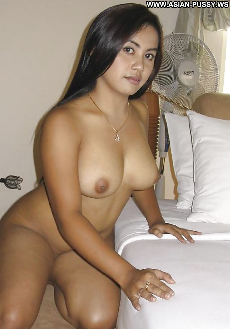 chubby asian nude photos girl