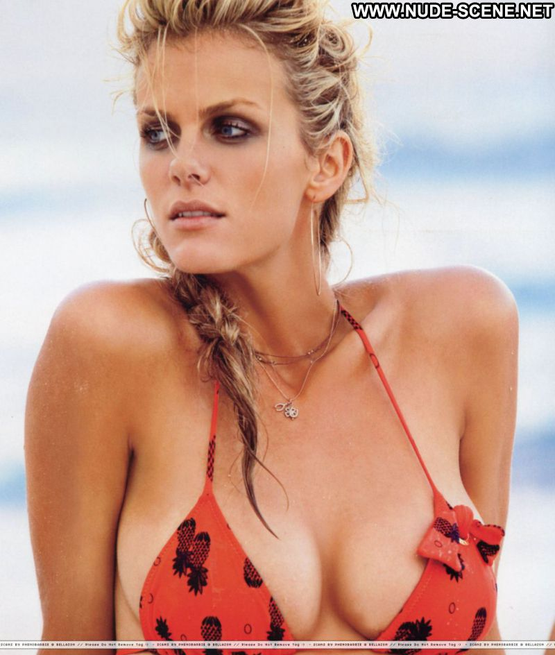 Brooklyn Decker Celebrity Sexy Bikini Big Tits Blonde Beach Sports Illustrated Fantasy Book 2011