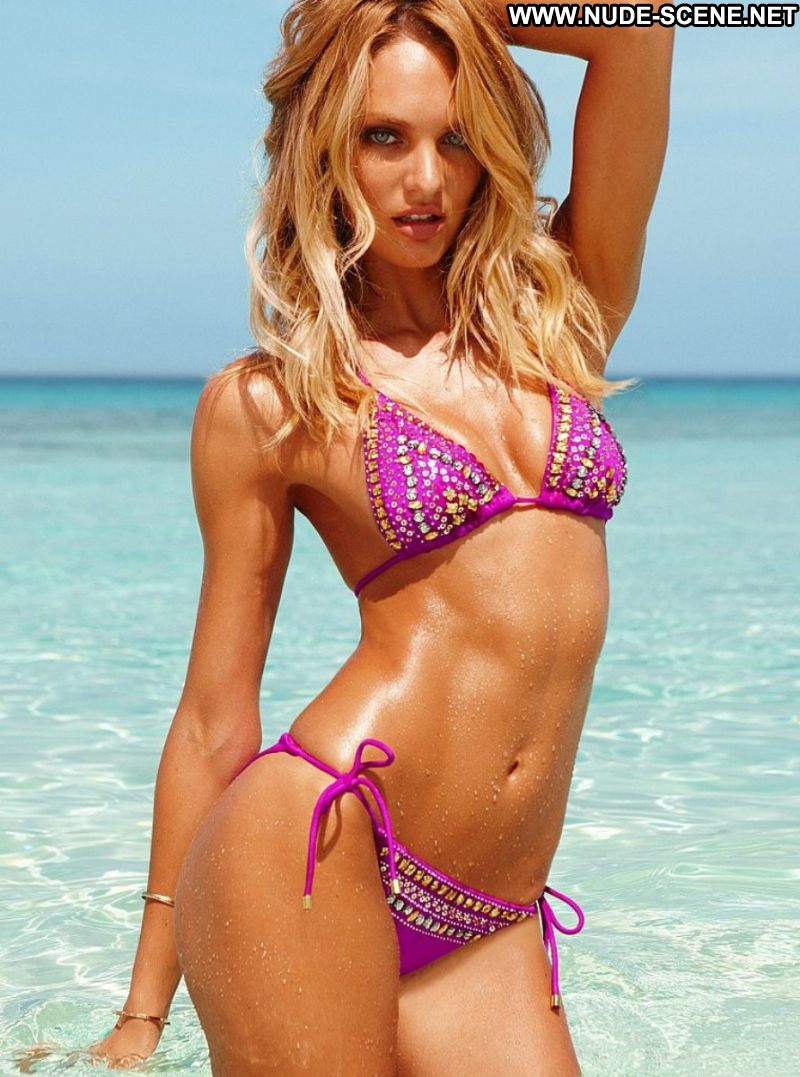 in bikini blonde supermodel