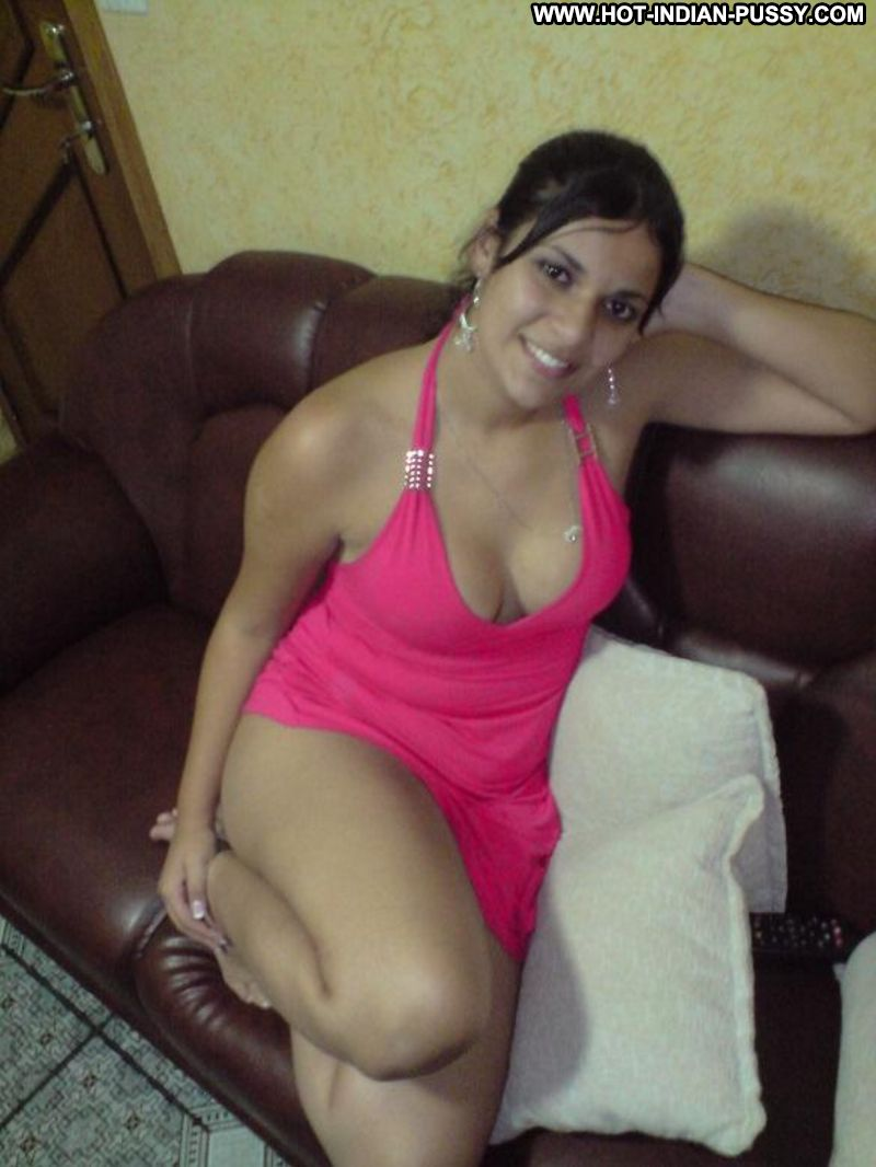 Amateur escorts pictures nude New Amateur Pics - GF real home girl galleries.