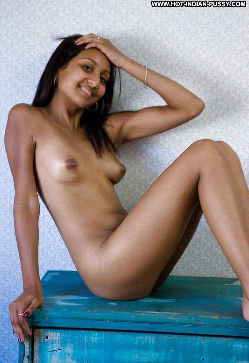 nude photos of famke janssen