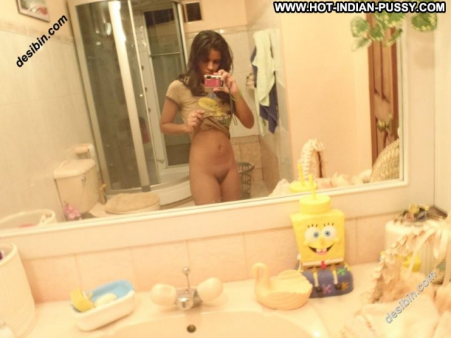 Several Amateurs Amateur Softcore Self Shot Nude Showing Pussy