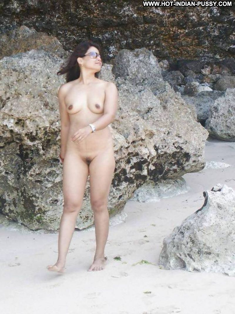 naked indian girls on the beach