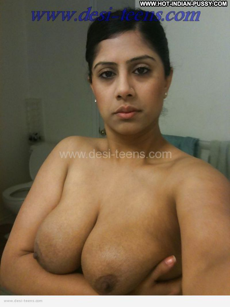 Amateur big indian tits in rubber band groped 2