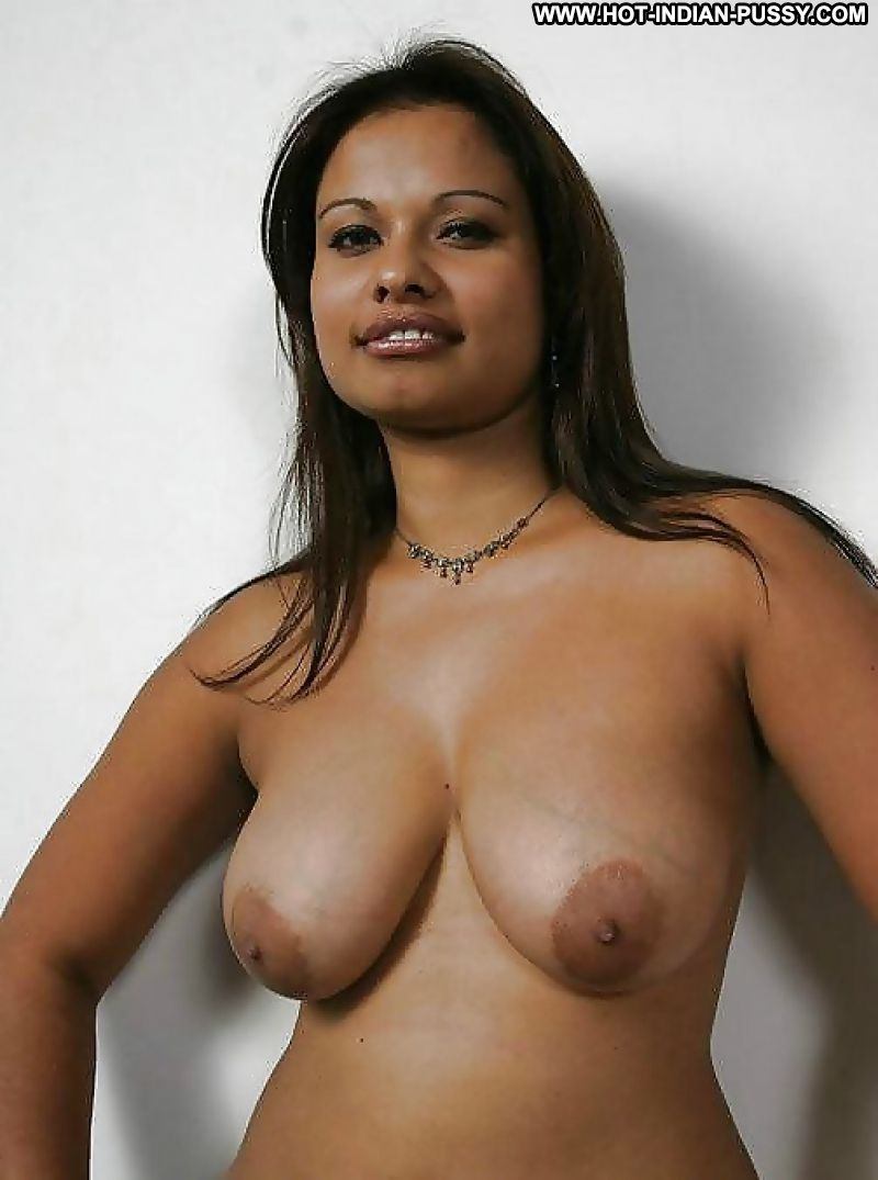 Huge boobs mallu hindi aunty with biggest nipples