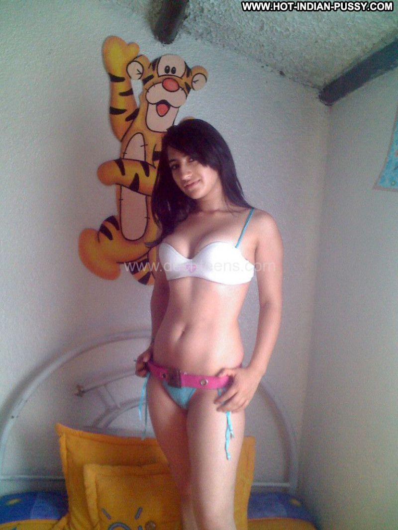 indian self shot naked teen