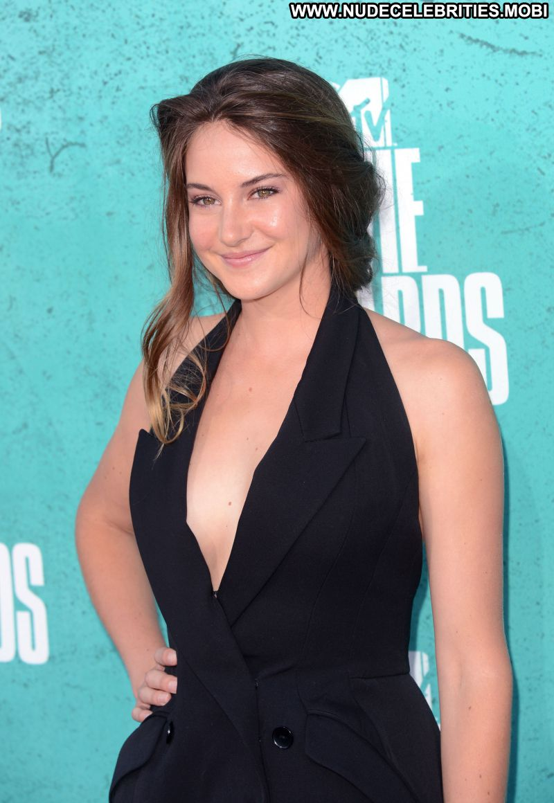 Who is shailene woodley dating in real life 2012 1