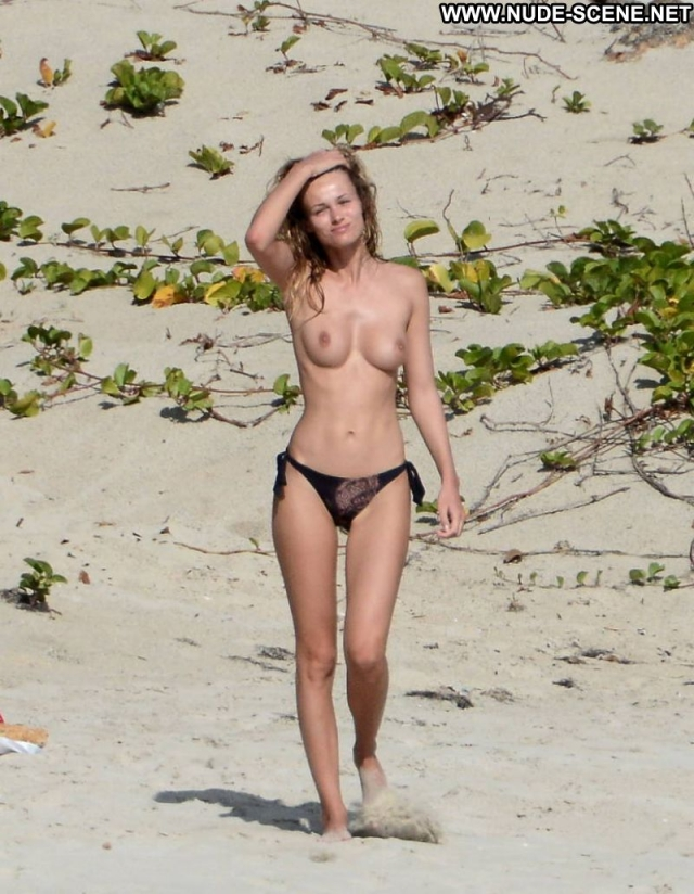 Several Celebrities Showing Pussy Big Tits Softcore Nude Celebrity