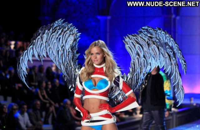 Erin Heatherton Blonde Slim Supermodel Panties Runway Celebrity Bra