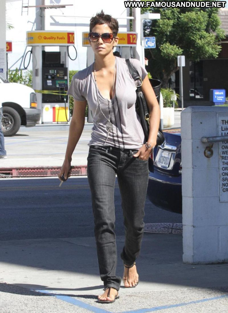 Halle Berry | Celebrity News | Bossip