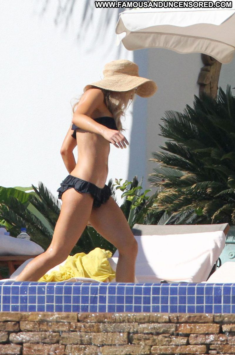 Kate Beckinsale Celebrity Sexy Actress Brunette Babe Georgeous Bikini Pool