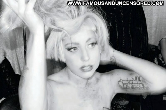 Lady Gaga  Sexy Doll Singer Blonde Beautiful Celebrity Nice Cute