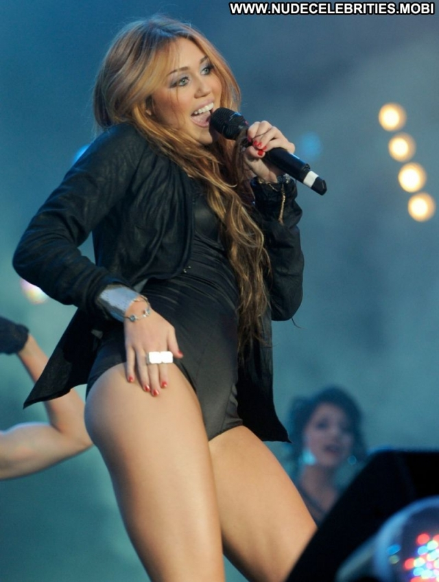 Miley Cyrus Lingerie Celebrity Sexy Doll Showing Legs Singer Hot