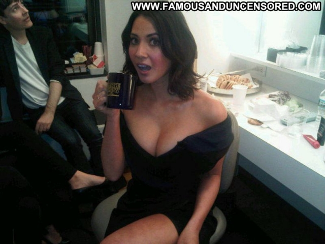 Actress Babe Georgeous Brunette Sexy Celebrity Showing Cleavage