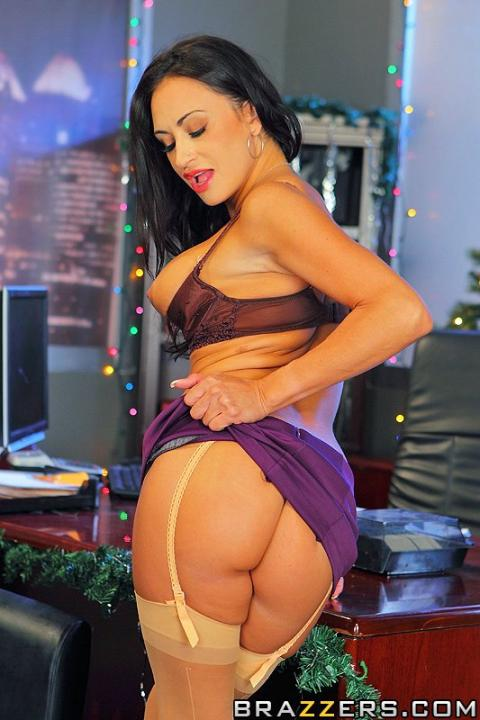 Claudia Valentine Christmas Happy Table Bra Private Office