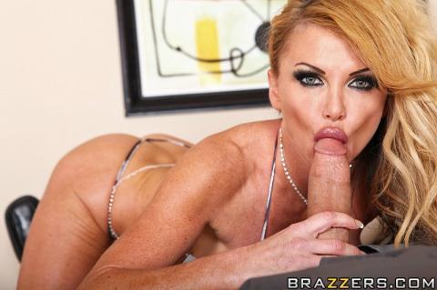 Taylor Wane Huge Cock Shower Bed Barbie Cougar Mature Milf