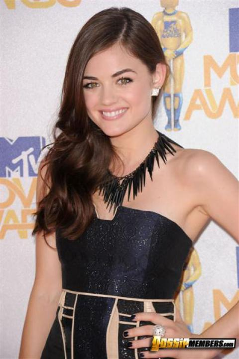 Lucy Hale Nude Sexy Scene Teen Hollywood Stunning Bombshell