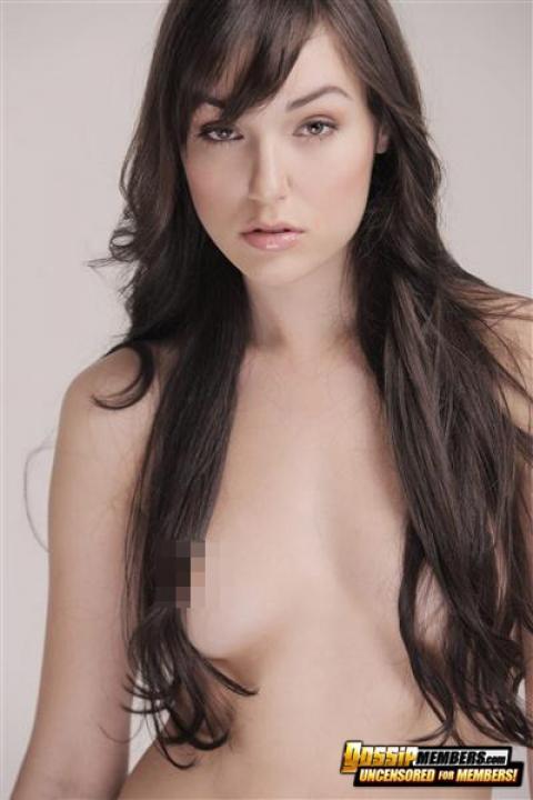 Fine light skin nude women