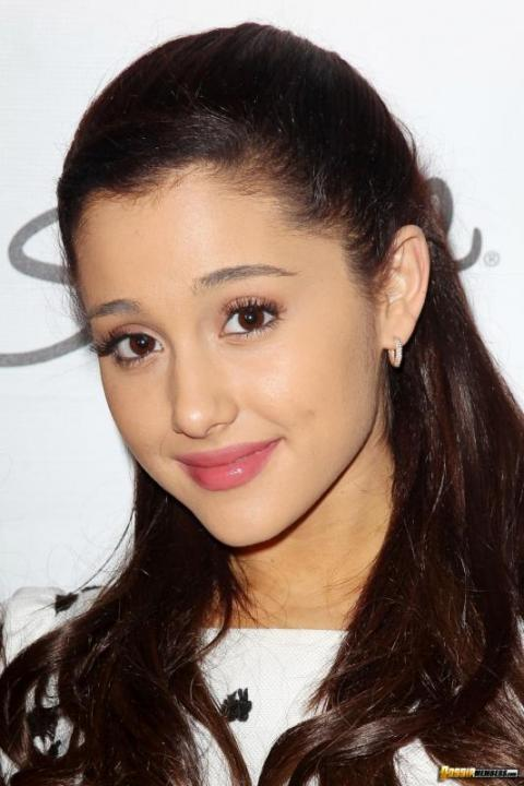 Ariana Grande New York Teen Hollywood Bombshell Stunning Hot