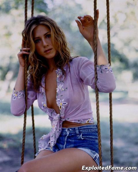 Jennifer Aniston Nude Sexy Scene Hollywood Slender Athletic