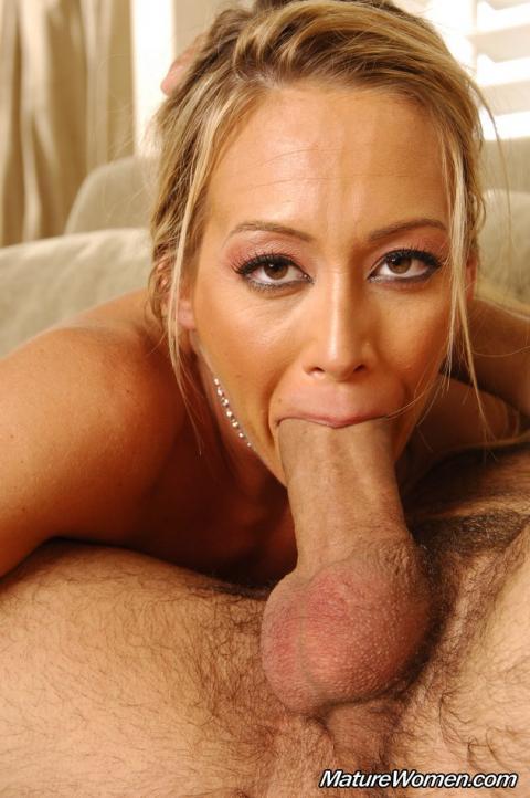 Cougar nude mom woman