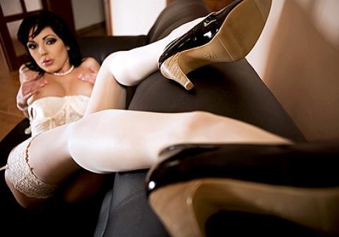 Tina Gabriel Long Legs Legs Hat Brunette Dvds Posing Hot Wet