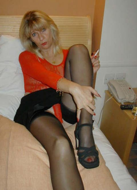 Marlee Stockings Nylon Softcore Housewife Average Doll Nude