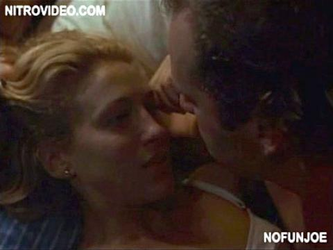 Sarah Jessica Parker HOT Scenes On Sex And The City - YouTube