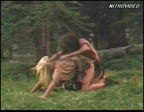 Daryl Hannah The Clan Of The Cave Bear Nude Sex Scene