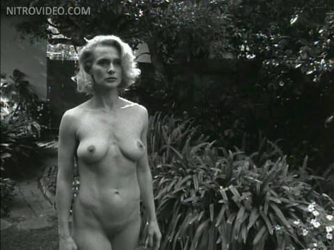 Nancy botwin naked