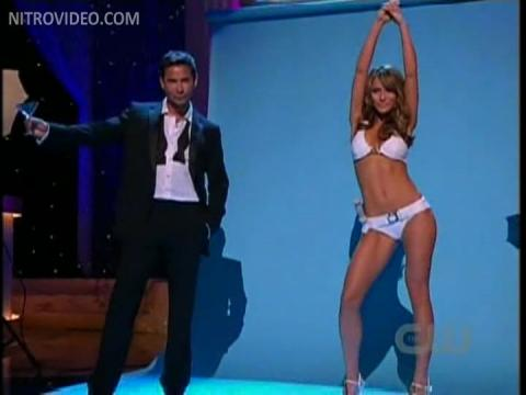 Shelley Hennig 2009 Daytime Emmys Celebrity Posing Hot Babe