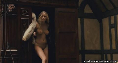 Nude bond girls pics