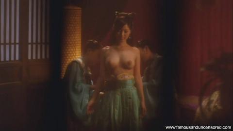 Kaera Uehara Nude Sexy Scene Emo Bus Posing Hot Gorgeous Hd