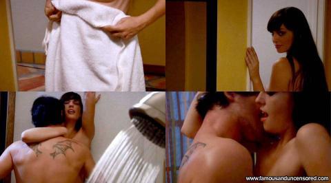 Elizabeth nackt Bell Nude celebrity
