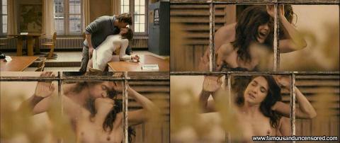 Wine Dierickx Nude Sexy Scene Desk Topless Bra Nude Scene Hd