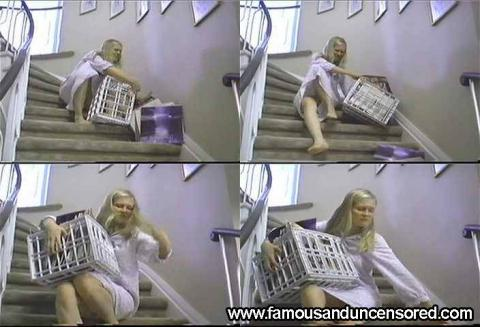 Kirsten Dunst Nude Sexy Scene Stairs Beautiful Posing Hot Hd