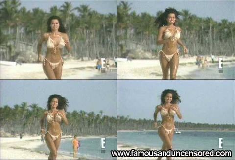 Brooke Burke Nude Sexy Scene Wild On Wild Beach Bikini Babe